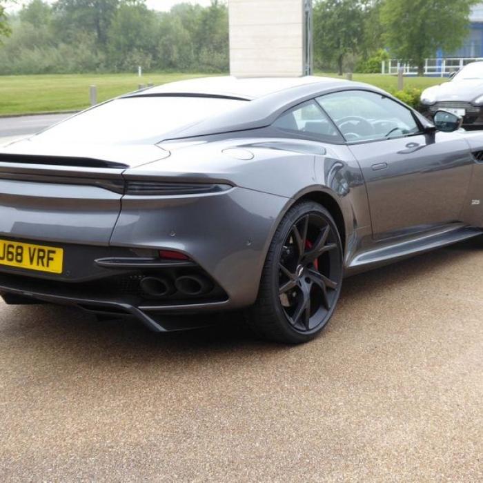 Aston Martin DBS 5.2 V12 BiTurbo Superleggera Coupe 2dr Petrol … 3