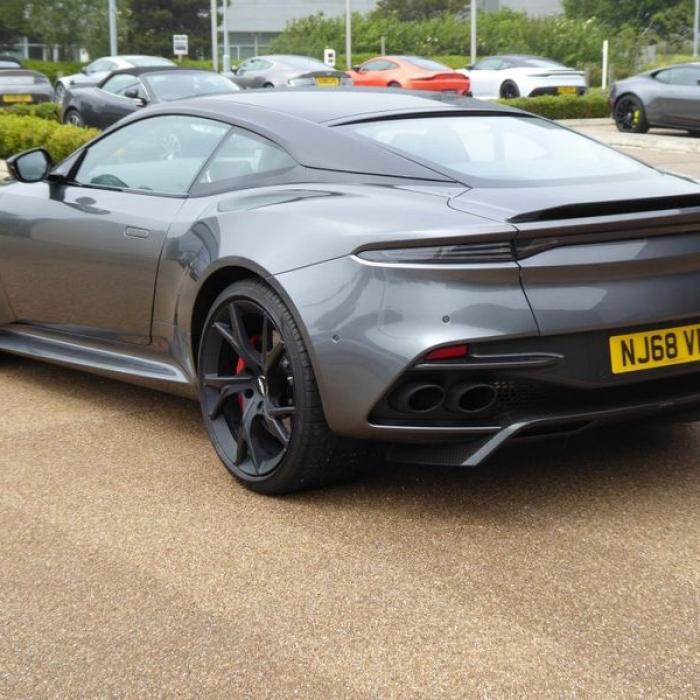Aston Martin DBS 5.2 V12 BiTurbo Superleggera Coupe 2dr Petrol … 4
