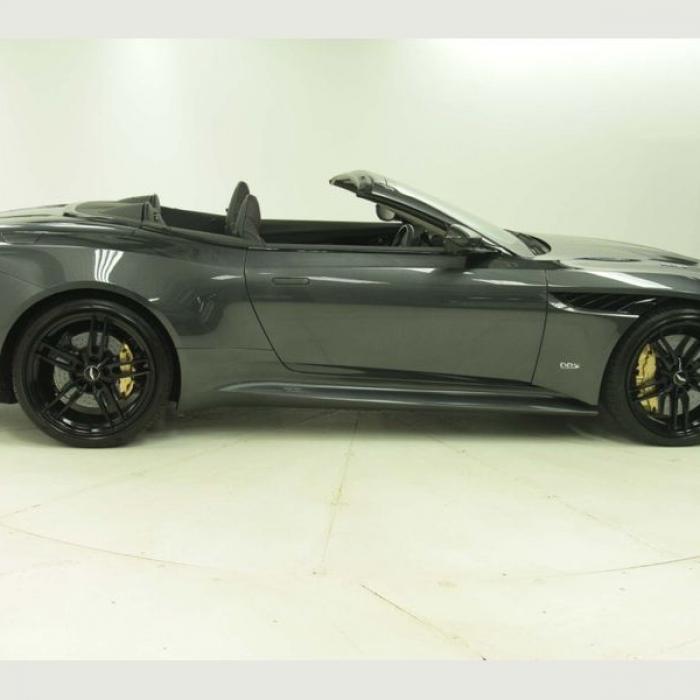 Aston Martin DBS 5.2 V12 BiTurbo Superleggera Volante Auto …16