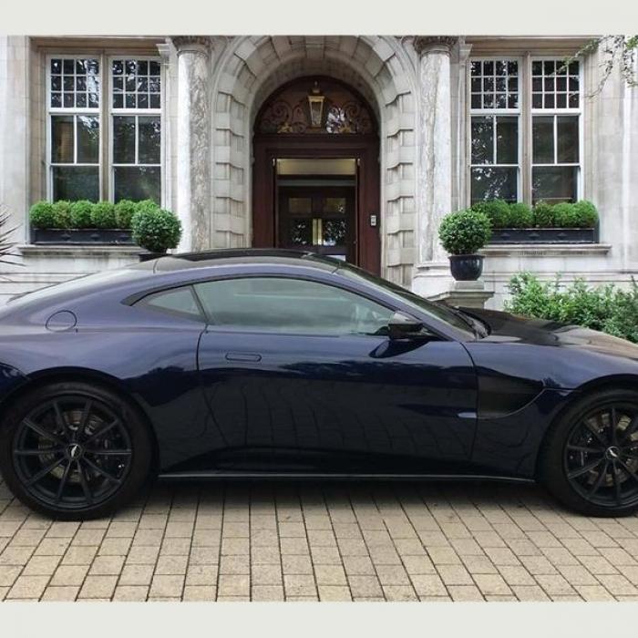 Aston Martin Vantage 2dr ZF 8 Speed Auto 4.0 4