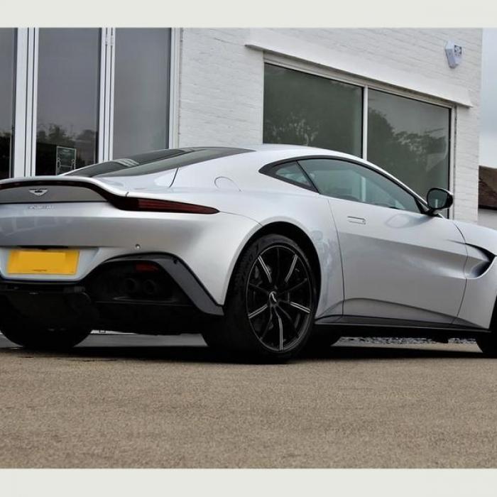 Aston Martin Vantage 4.0 Auto 2dr 5