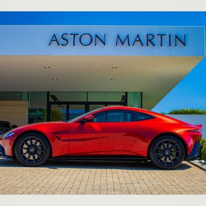 Aston Martin Vantage Coupe 4.0 2dr 3