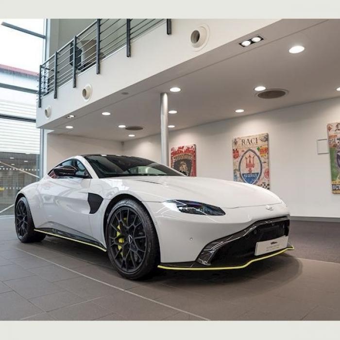 Aston Martin Vantage V8 4.0 2dr 4