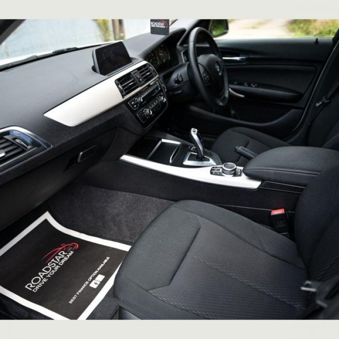 BMW 1 Series 118i SE 1.5 5dr 4