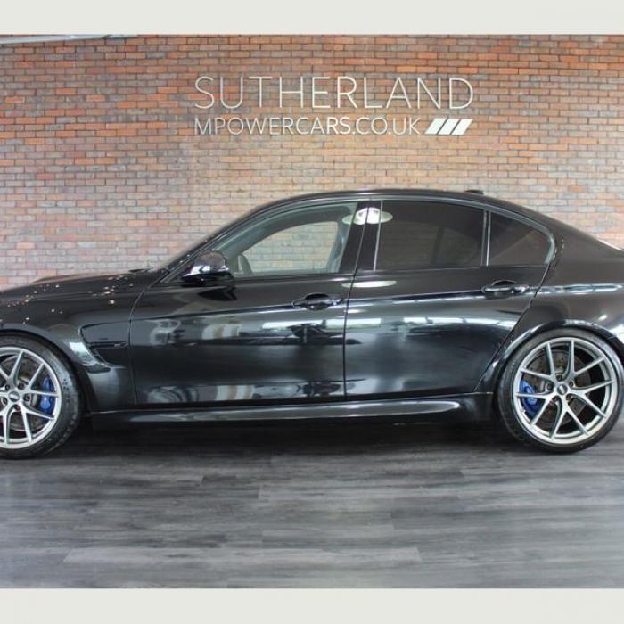 BMW M3 82a15a8565214c768e7508124b9562d2