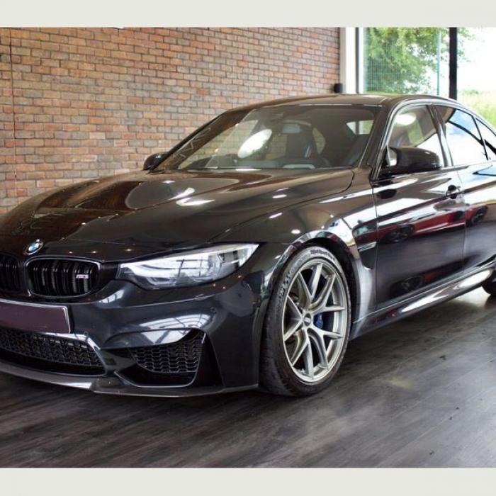 BMW M3 a4caa7eece574e1ba0448e8e948f358f