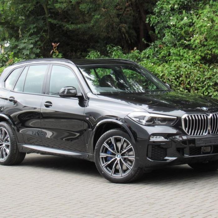 BMW X5 de8f871119a54eb9983f2d4725981a78