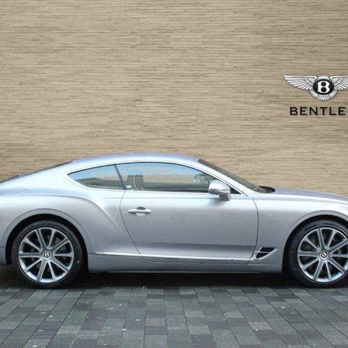 Bentley Continental Gt 7aa669e8864a460bba033a6607bcb3a0