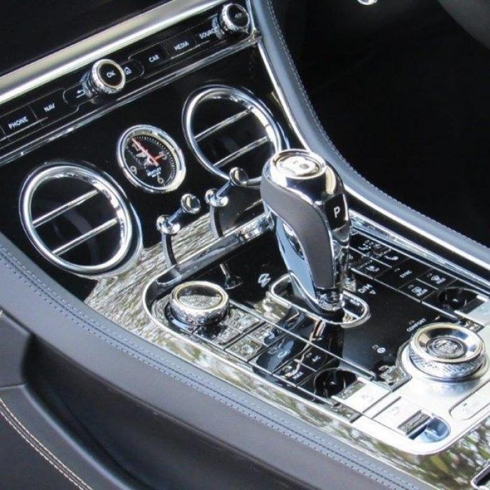 Bentley Continental Gt V8 6cf89841abfb438d82784139a188dede