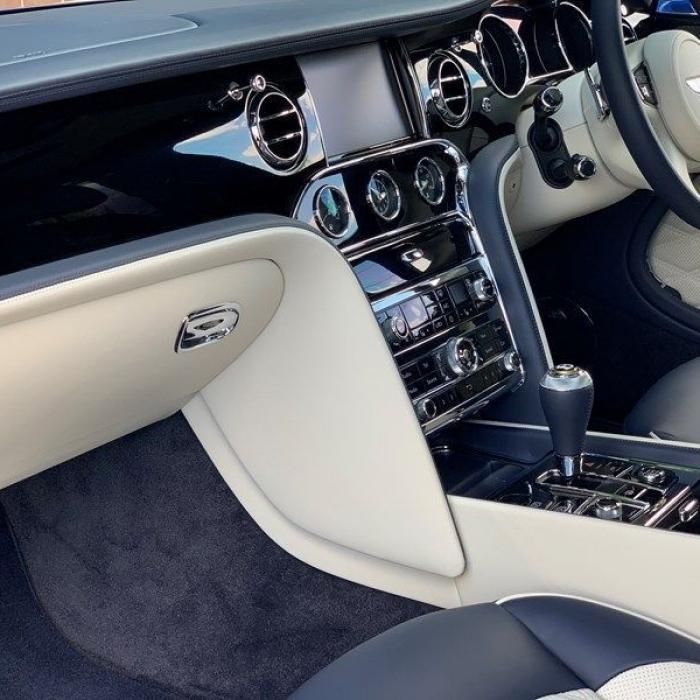 Bentley Mulsanne 1fb413012b514f9db91f20b80780a8ad