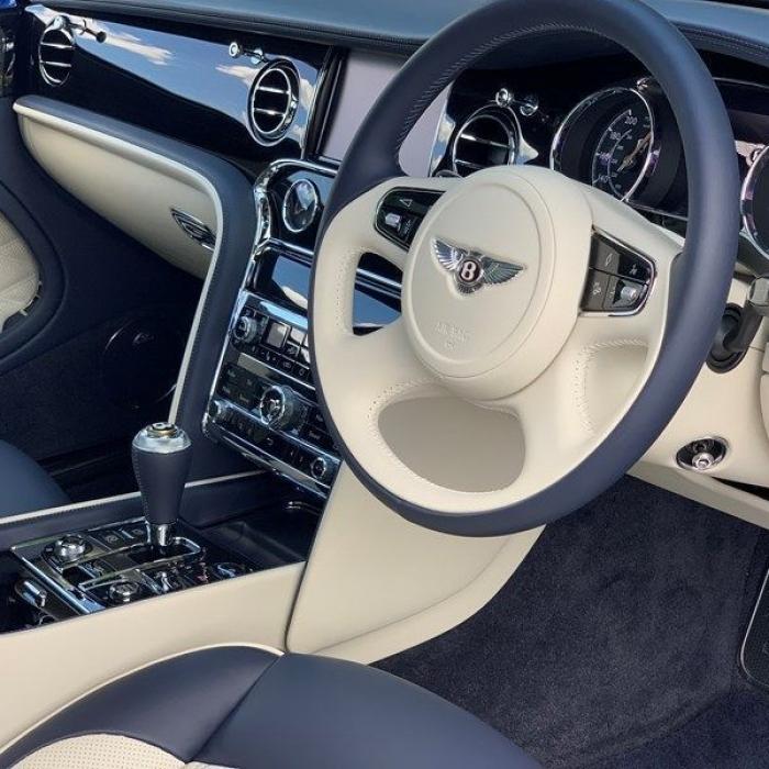 Bentley Mulsanne 5fd2906a290e4ca08da2dd5c5f8018af