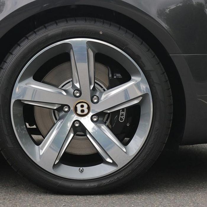 Bentley Mulsanne- 61b8644c1ca14c48a0f7dc72e043bb50