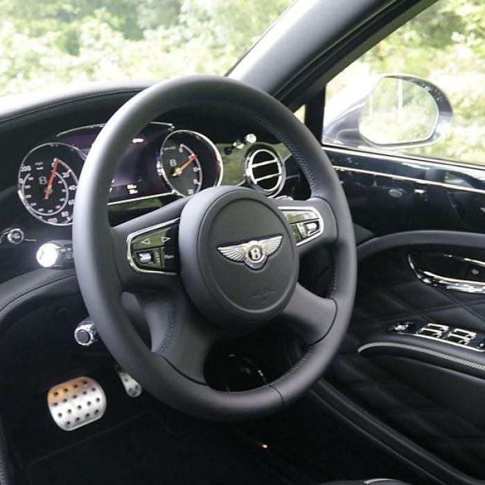 Bentley Mulsanne- 97d83e1226204b938184d4bf474b75b0