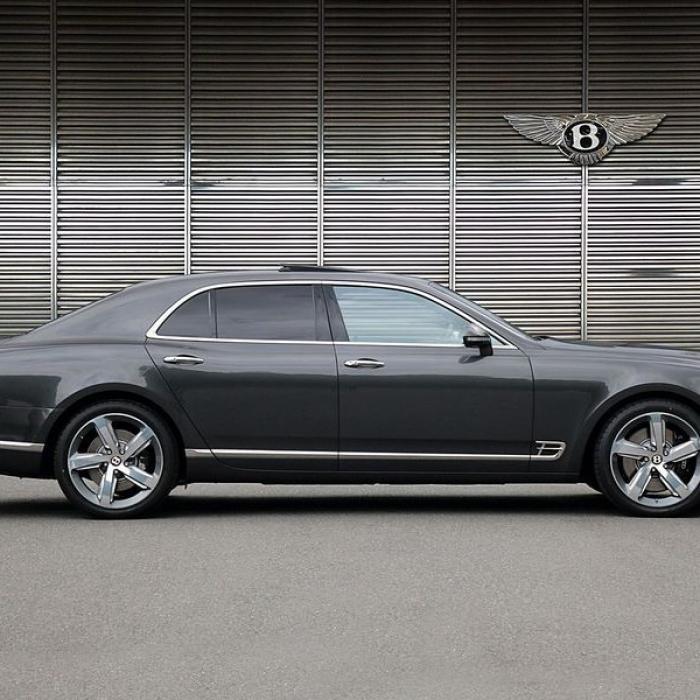 Bentley Mulsanne- d6b96490e00e49849fbd06b9b273d8b9