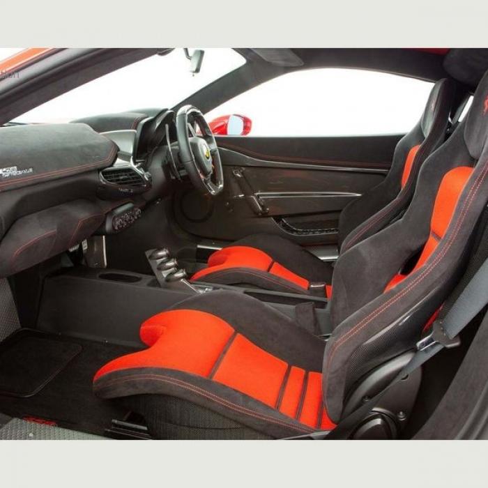 Ferrari 458 1f288555ce4b43d99cddff75a7510ca6
