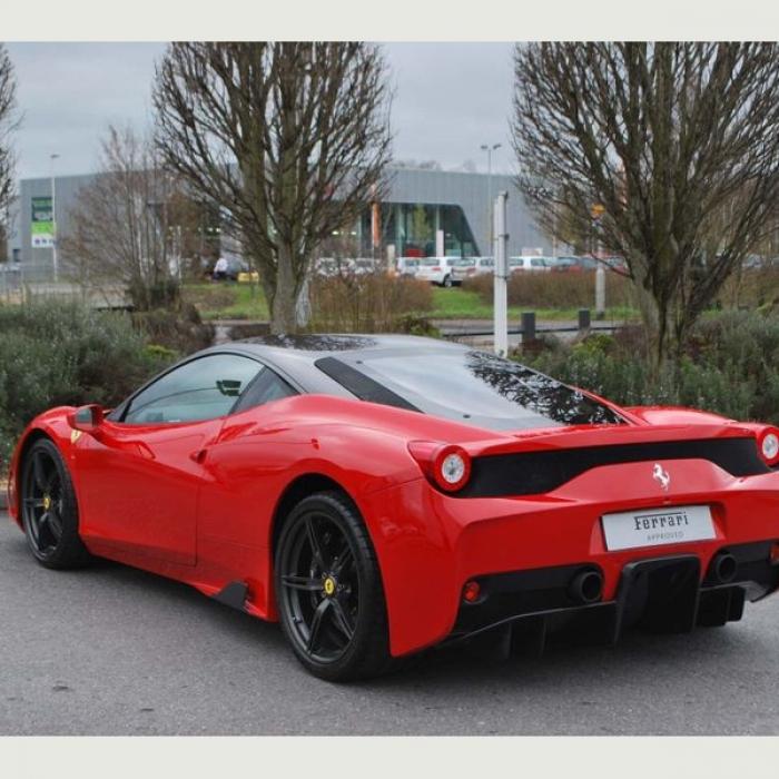 Ferrari 458 a0651dc9250a4d178904816cc69f9aa7