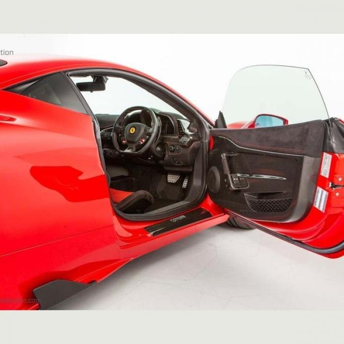 Ferrari 458 e2bf85d02d644e90b832da3f8639eee5