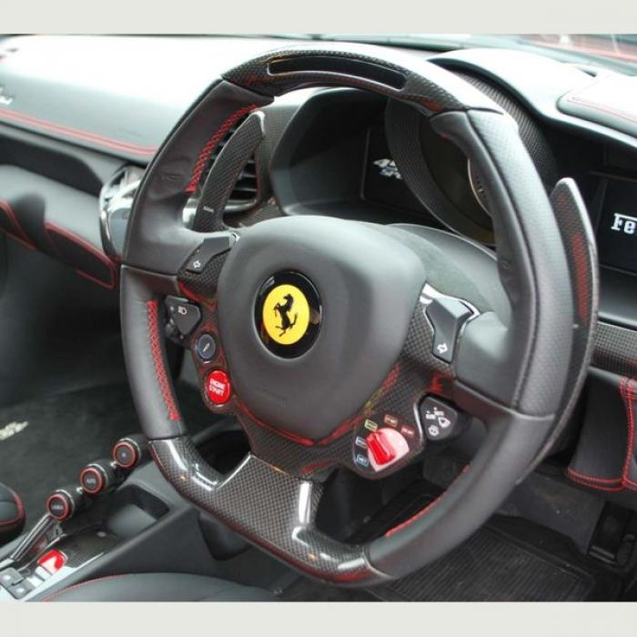 Ferrari 458 eeb0b4c631014f8883dc0787e8f04958