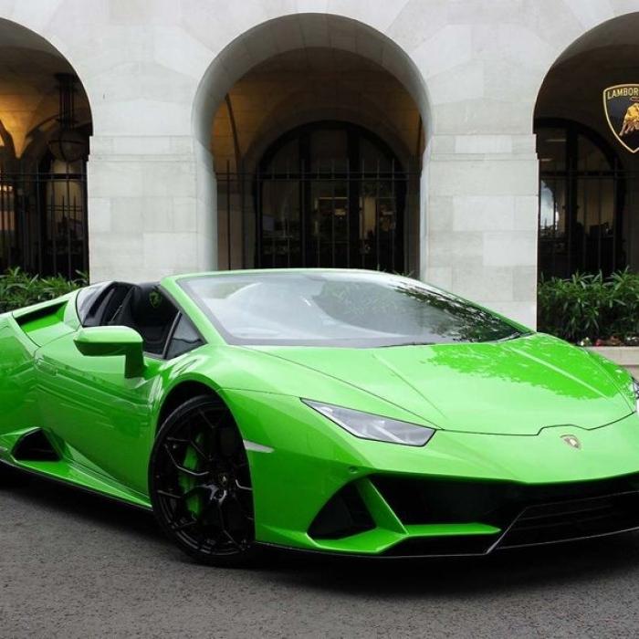 Lamborghini Huracan spyder e442e6611200478d82ab889a3e975aa3