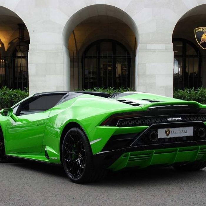 Lamborghini Huracan spyder fb1ac333752a46fb850e922a07eeb743