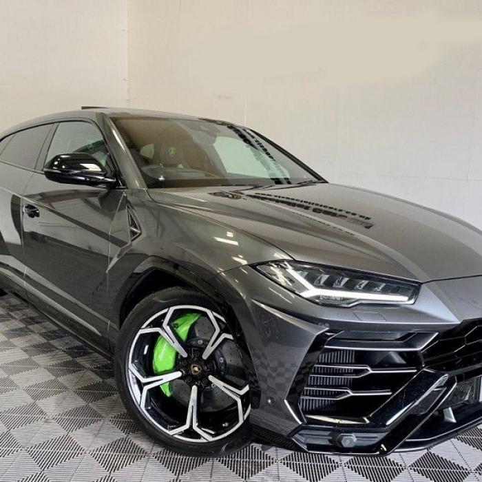 Lamborghini Urus 079ad280a8b54a30b4563efa38318f86
