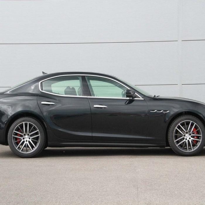 Maserati Ghibli 9a264c6e4bf44aa89210ecfec6c6deee