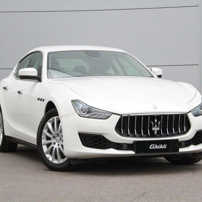 Maserati Ghibli cbed91ce7c9949e38b4be874dcb3f78e