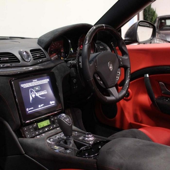 Maserati Grancabrio 938e54d6f1fa4e49ab8d16348d992b17