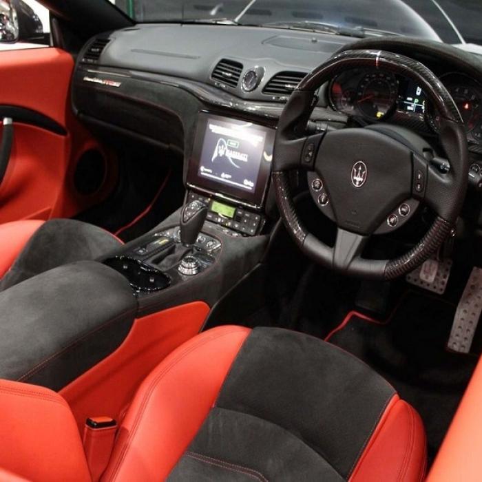 Maserati Grancabrio e732a90fe9bf49d9b3e36010cfc90fff