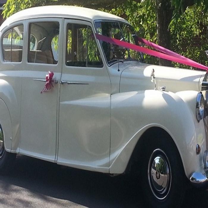 Rolls_Royce_7_Seater_1955-1024x420