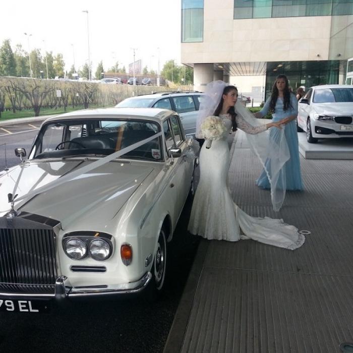 Rolls_Royce_Silver_Shadow_1975-2-1024x768
