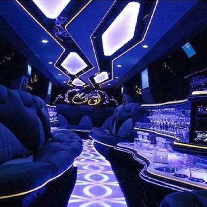 audi-limousine-interior