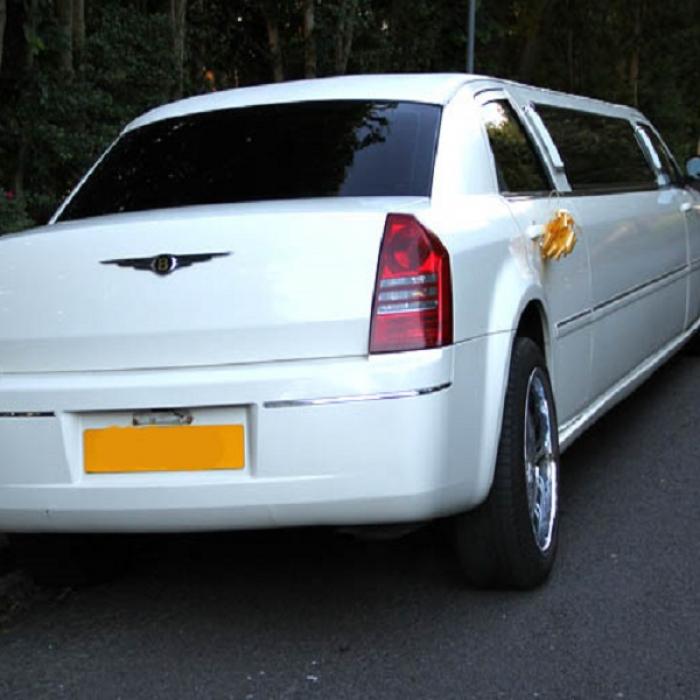chrysler-limo-hire-bradford-4