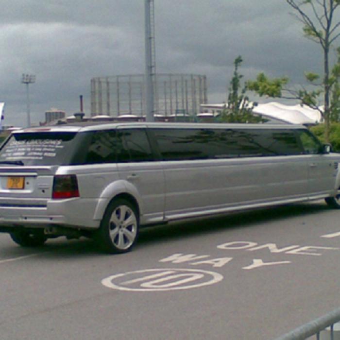 range-rover-limo-5